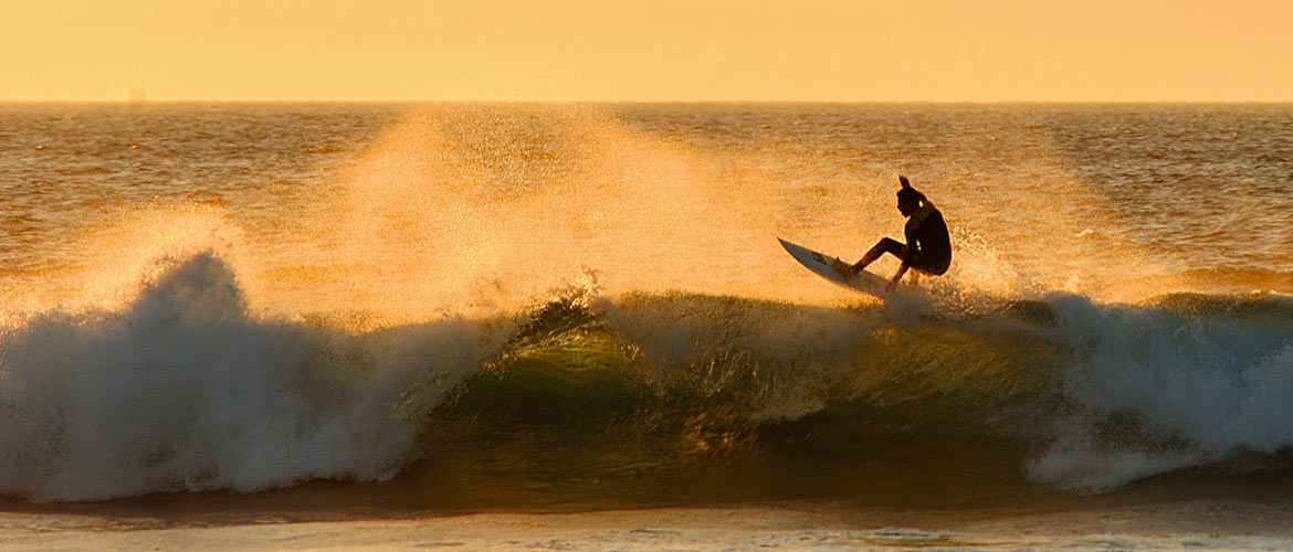 Camino Surfcamp Galicien Sunset Surf Valdovino Galicia Floater